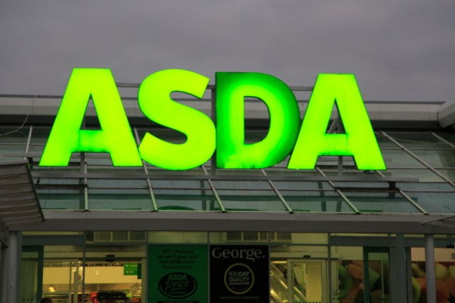 d04876814f8 Christmas opening times for Asda, Aldi and Lidl | Metro News