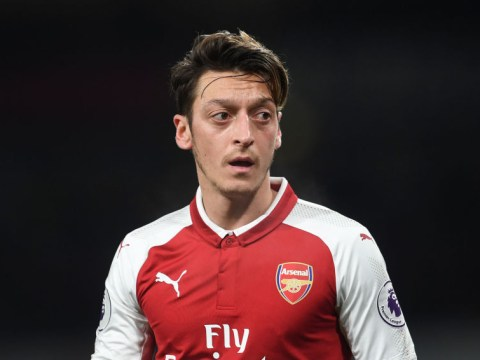 Manchester United have made no approach for Mesut Ozil, insists Arsene Wenger