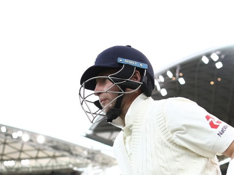 Joe Root stands firm in face of Australia aggression as England keep Ashes hopes alive
