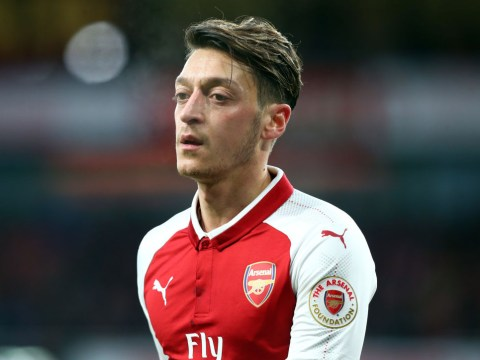 Mohamed Elneny confirms Mesut Ozil has signed a new Arsenal contract