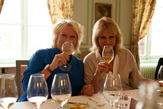 Jennifer Saunders and Joanna Lumley in Absolutely Champers