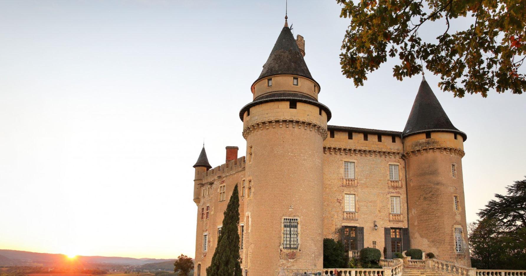 The impressive Chateau de Mercues played host to my foray into le douceur vivre