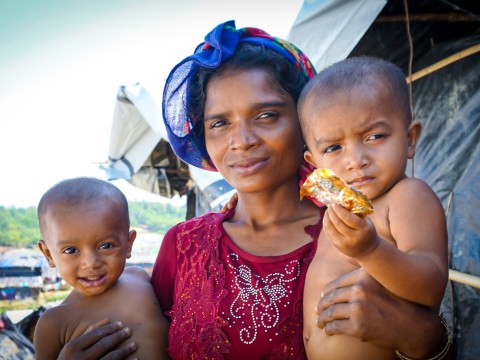 Myanmar refugees reveal horror of watching their homes burn down