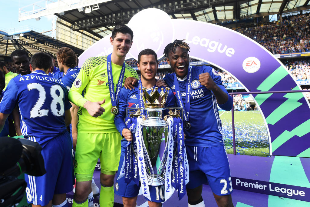 Eden Hazard and Thibaut Courtois encouraging each other to sign new Chelsea contracts