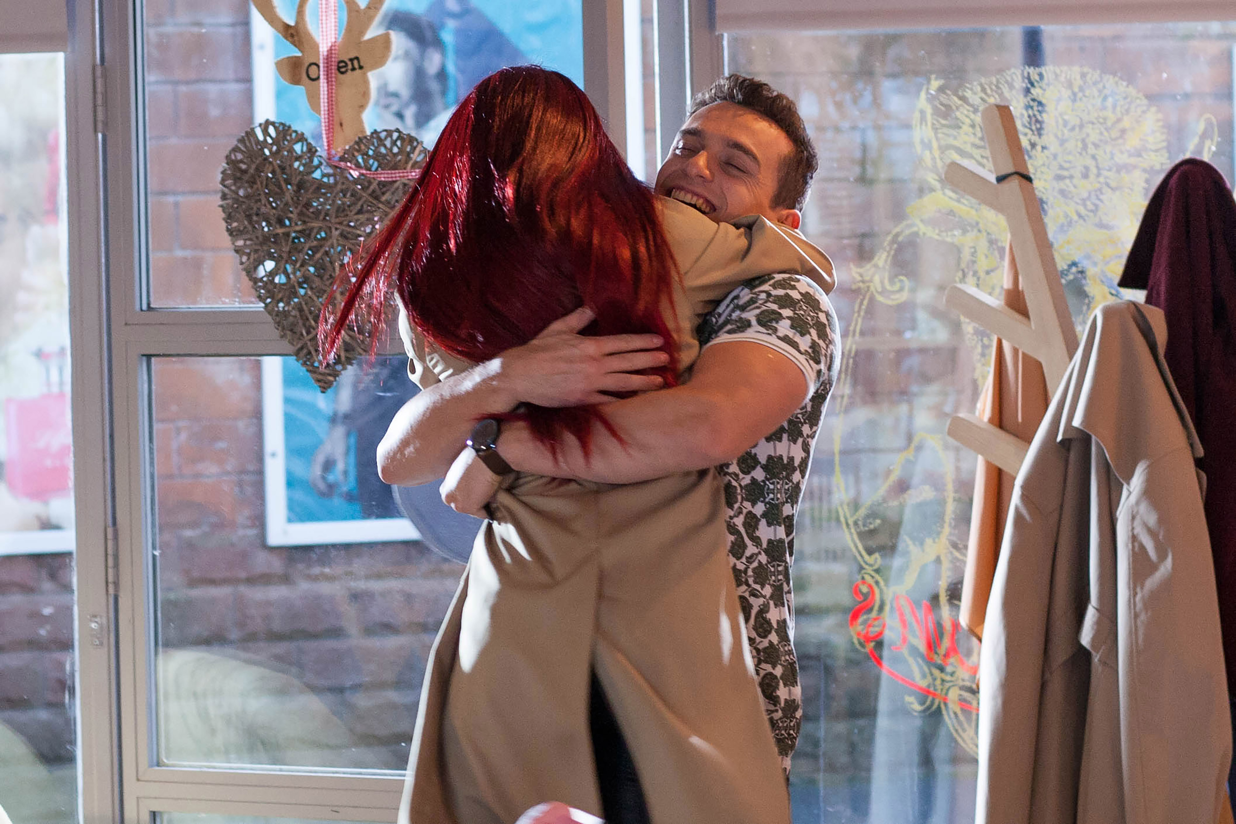 Goldie and Jesse plan to flee in Hollyoaks