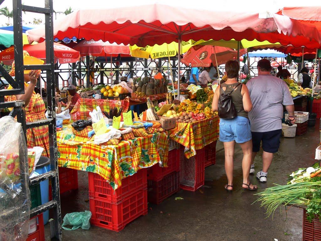 Marche de la Darse market
