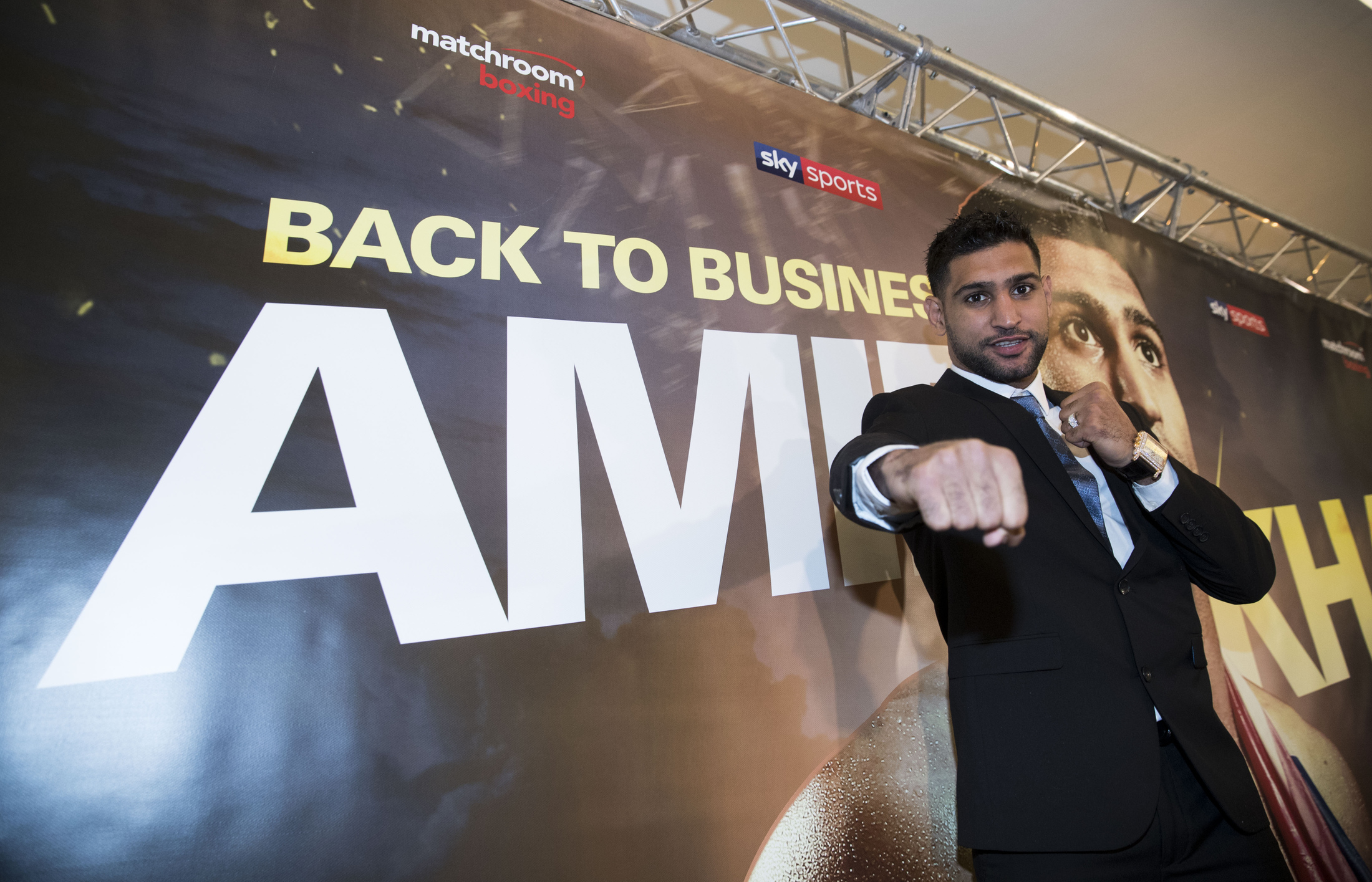 Amir Khan to make comeback on April 21 after signing with Matchroom