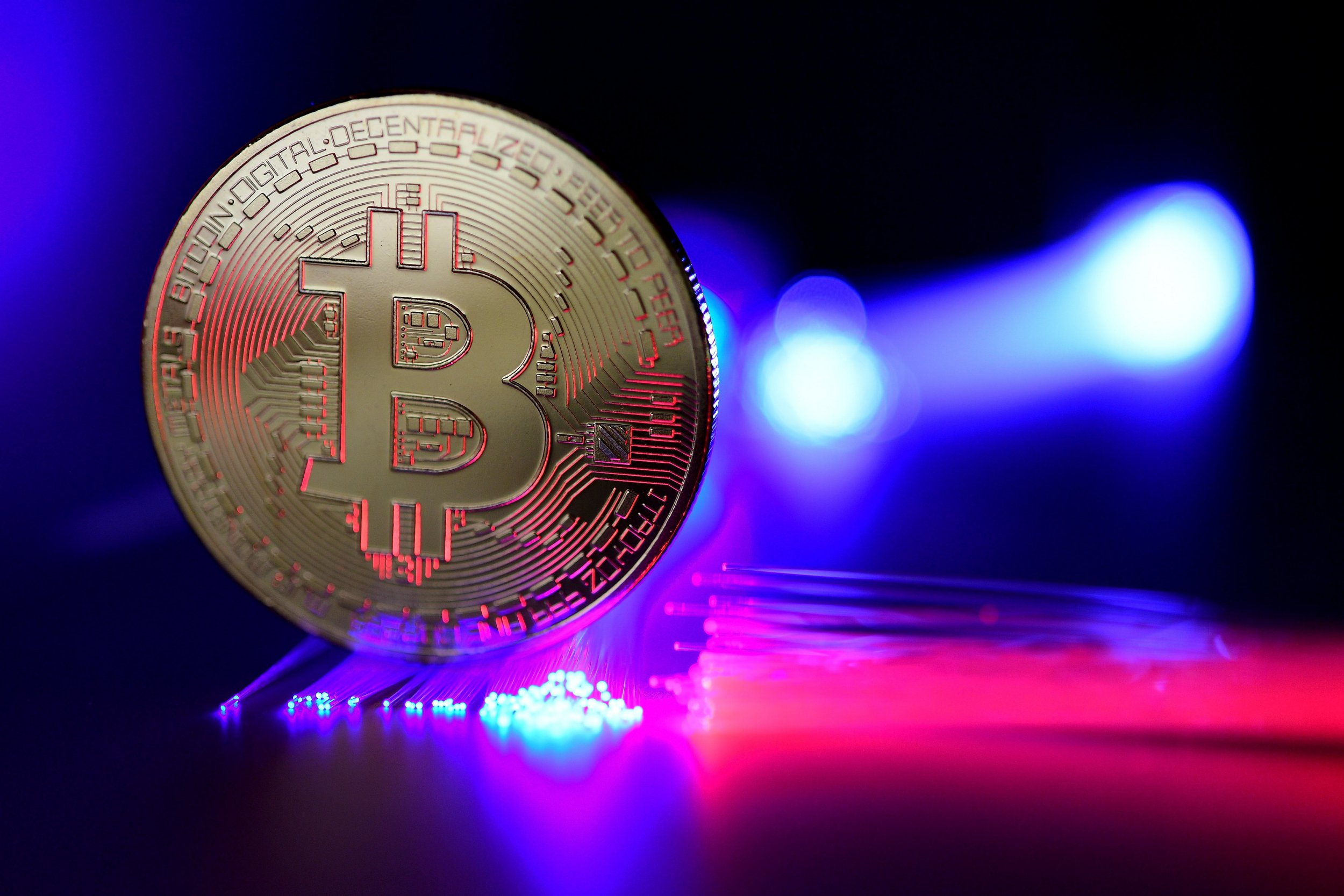 Bitcoin price drops below $10,000: Cryptocurrencies including Ethereum, Ripple and Litecoin nosedive
