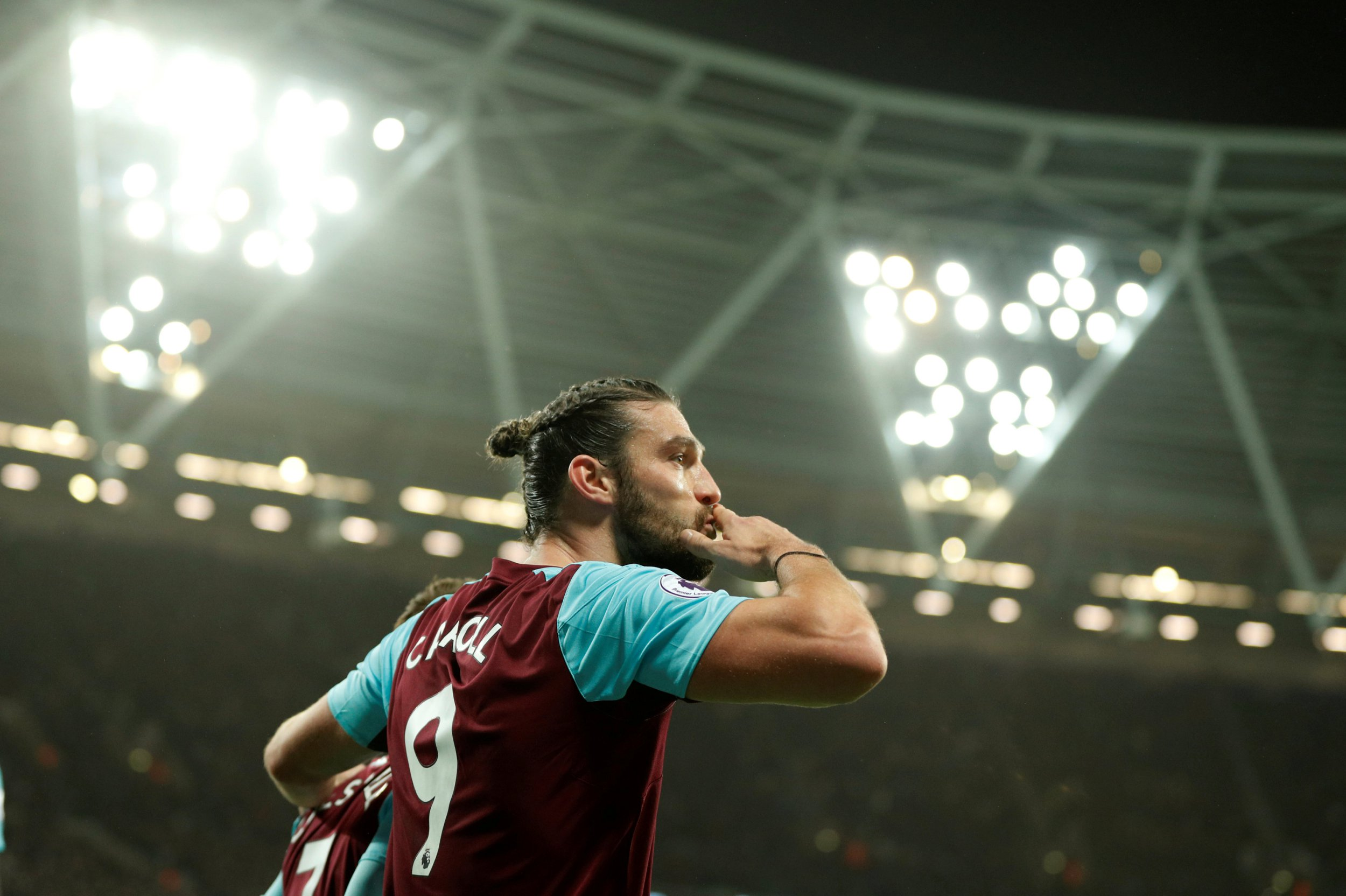 Andy Carroll hoping Chelsea will move for £20million transfer so as to seal 'dream' switch