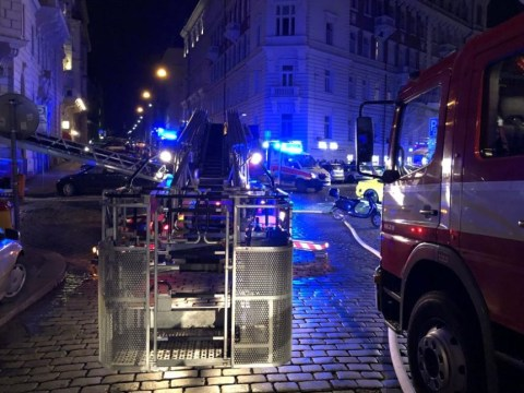 Two dead and nine injured as fire rips through Prague tourist hotel