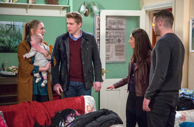 Rebecca makes a huge decision to Robert in Emmerdale