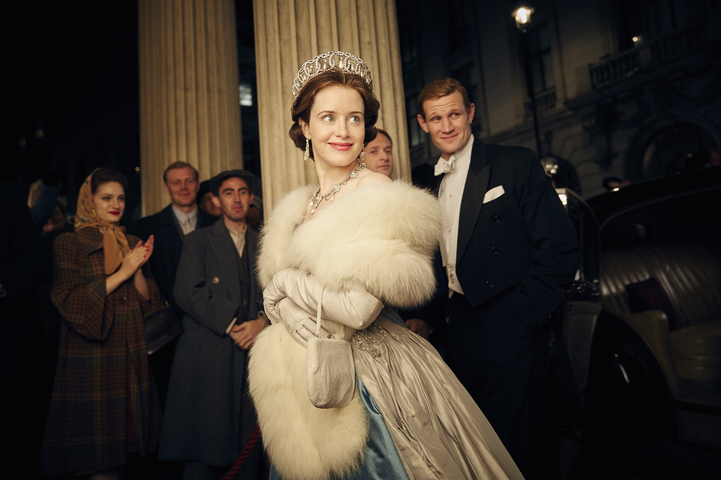 Claire Foy 'to receive £200,000 in back pay' over The Crown gender pay dispute