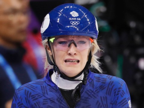 Elise Christie crashes out in 500m short-track speed skating final