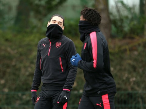 Hector Bellerin 'furious' with Arsene Wenger and feels he's being made a 'scapegoat' for Gunners' problems
