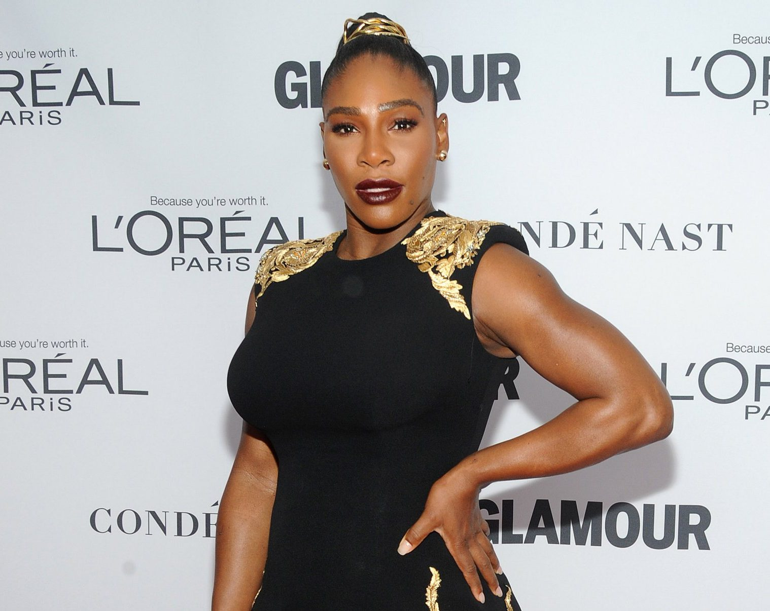 Serena Williams surprises group of girls with trip to see Black Panther