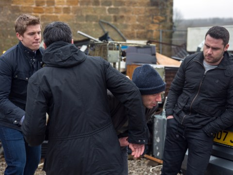 Emmerdale spoilers: Robert Sugden and Cain Dingle violently attack Aaron's kidnapper
