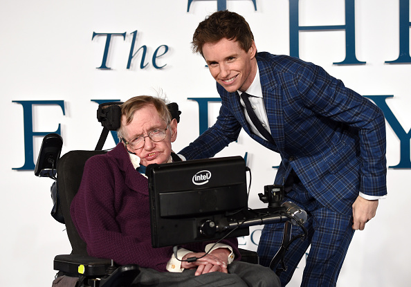 The Theory Of Everything star Eddie Redmayne pays tribute to Stephen Hawking