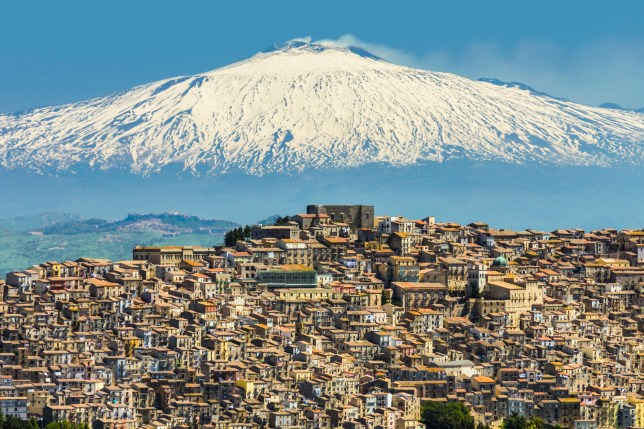 Hill town with backdrop of snowy volcano Mount Etna, Gangi, Palermo Province, Sicily, Italy, Mediterranean, Europe