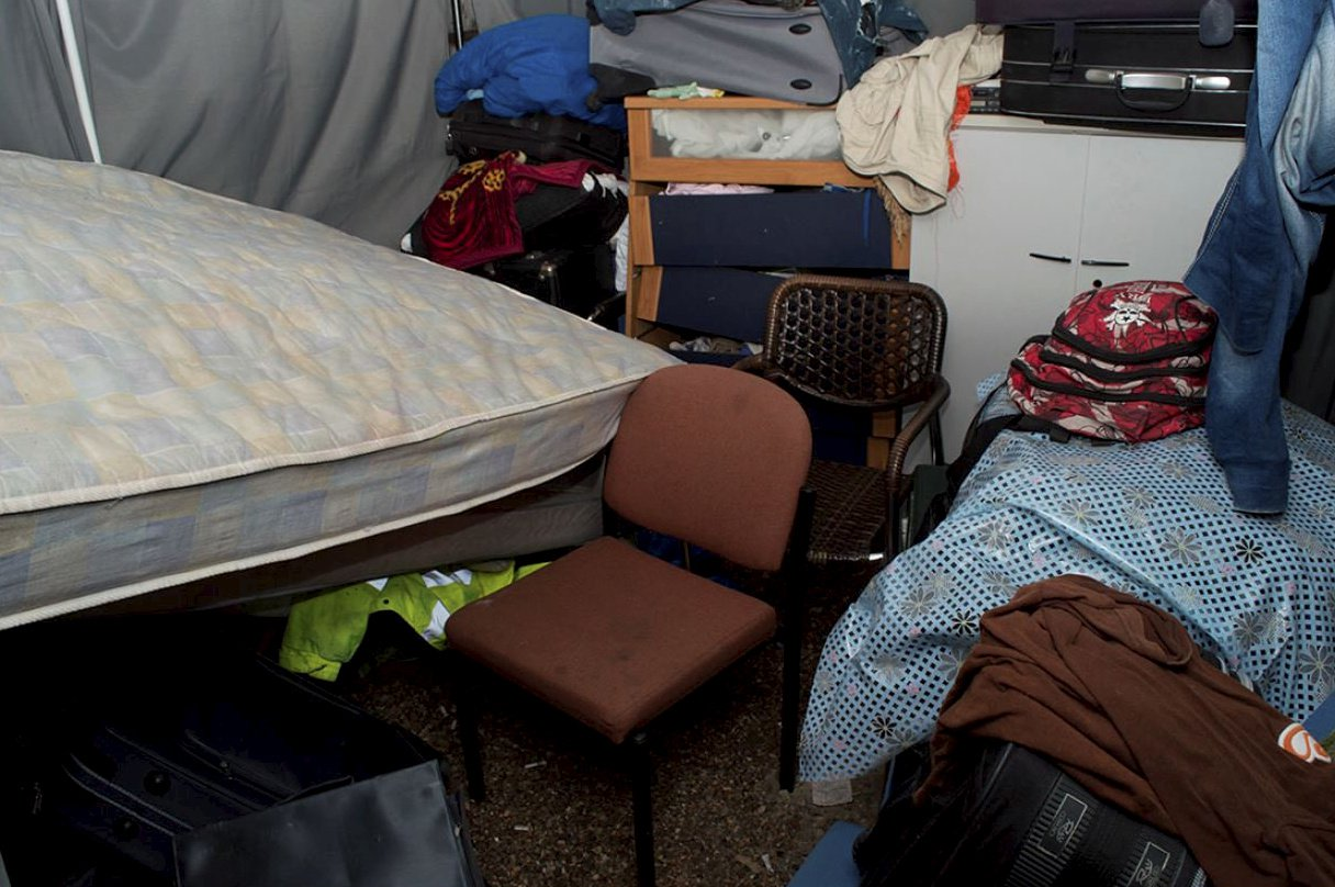 The one bedroom flat in Leyton where David Lupu, who has been jailed, forced seven men like slaves after they were recruited to work in London from Romania. See NATIONAL story NNSLAVE. David Lupu 29 (24.08.88) of Lindley Road, Leyton, was found guilty of seven charges of holding a person in slavery or servitude after a five-week trial at Inner London Crown Court. Detectives from the Met?s Modern Slavery and Kidnap Unit began an investigation on 3 September 2017 after two Romanian men walked into Forest Gate police station and reported how they had been treated like slaves after coming over to the UK to work in the construction industry. After being spoken to by detectives, the two men were taken to a place of safety and detailed statements were taken from them. The men said they had come to London after being promised a wage of ?50 a day for work and a good standard of living accommodation.