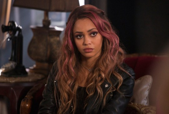 Riverdale: First episode 17 pictures tease Alice and FP Jones