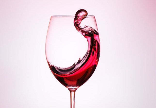 How many calories are there in a bottle of wine – does red
