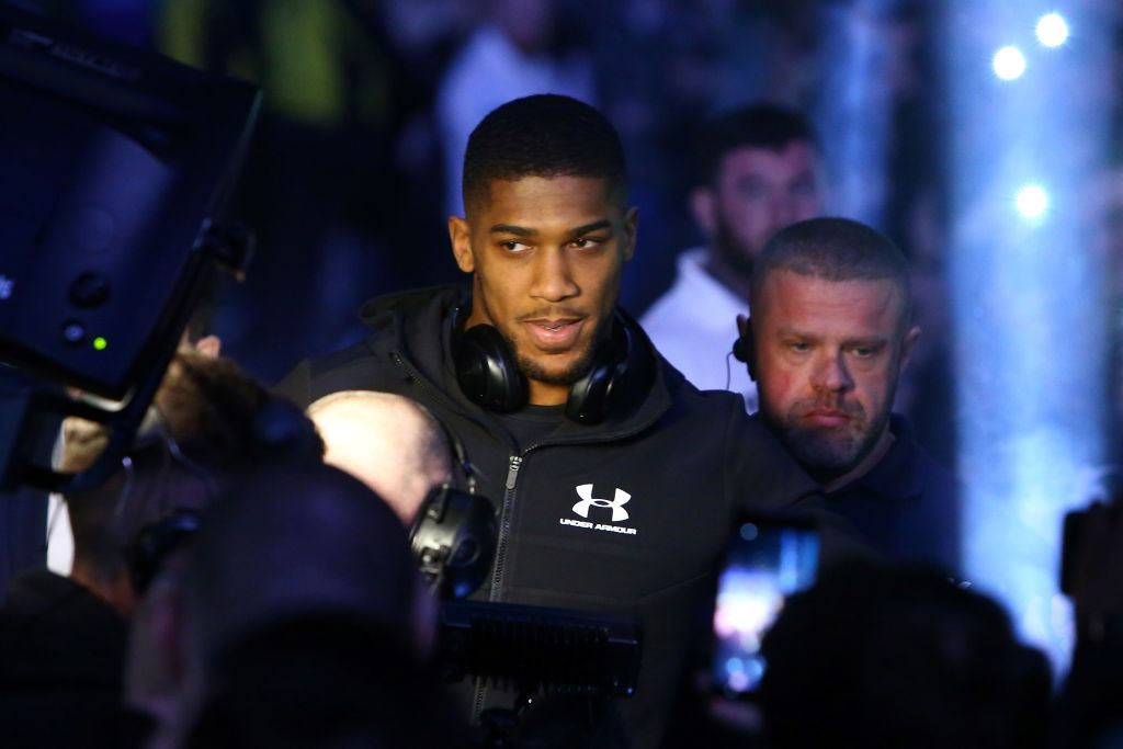 Deontay Wilder vs Anthony Joshua must happen in 2018 or there will be problems, says Hearn