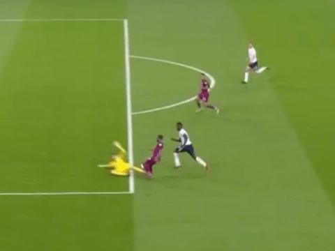 Raheem Sterling fouled by Hugo Lloris outside the box in Tottenham vs Manchester City