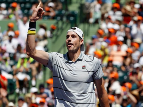 John Isner shocks Alexander Zverev to win the Miami Open