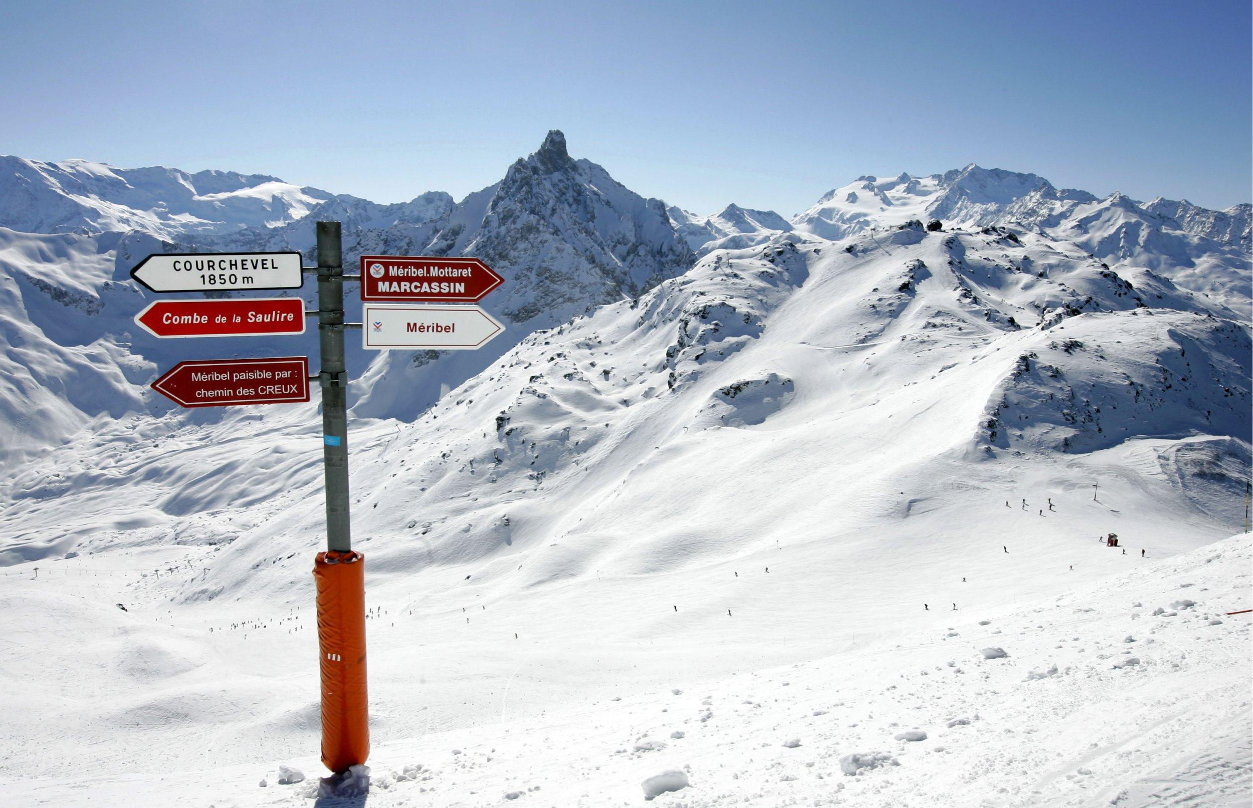 Mandatory Credit: Photo by Geoffrey Robinson/REX/Shutterstock (1163045p) Signpost in the Meribel and Courchevel area of the French Alps, France The Three Valleys Ski Area of the French Alps, France - Mar 2010