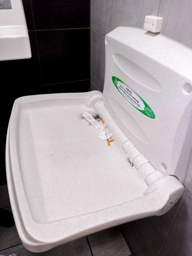 MERCURY PRESS. -8.04.18. Plymouth, UK. (Pictured: The needles on the Mcdonalds changing bench in Plymouth.) A mum has spoke of her horror after she almost placed her baby on top of used needles while changing her in a McDonalds store Jade Krotke, 25, had been for lunch in the Plymouth high street branch, yesterday afternoon when her eight-month-old daughter Olivia Rees needed changing. After squeezing into the baby changing room and taking Olivia out of her pram Jade pulled down the bench and noticed the used needles milliseconds before placing her daughter on the bench. (SEE MERCURY COPY)