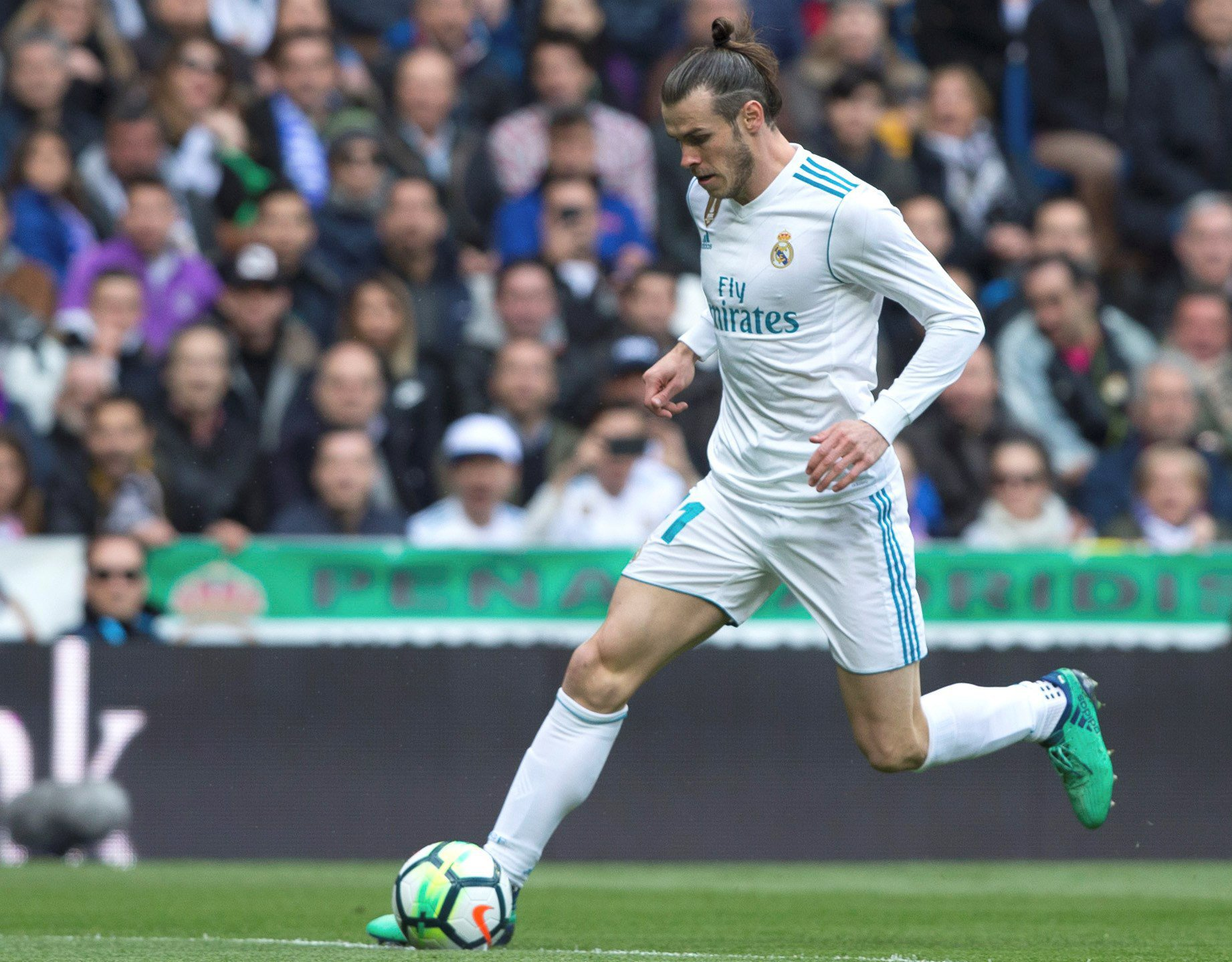 Gareth Bale happy at Real Madrid despite transfer links, insists Zinedine Zidane