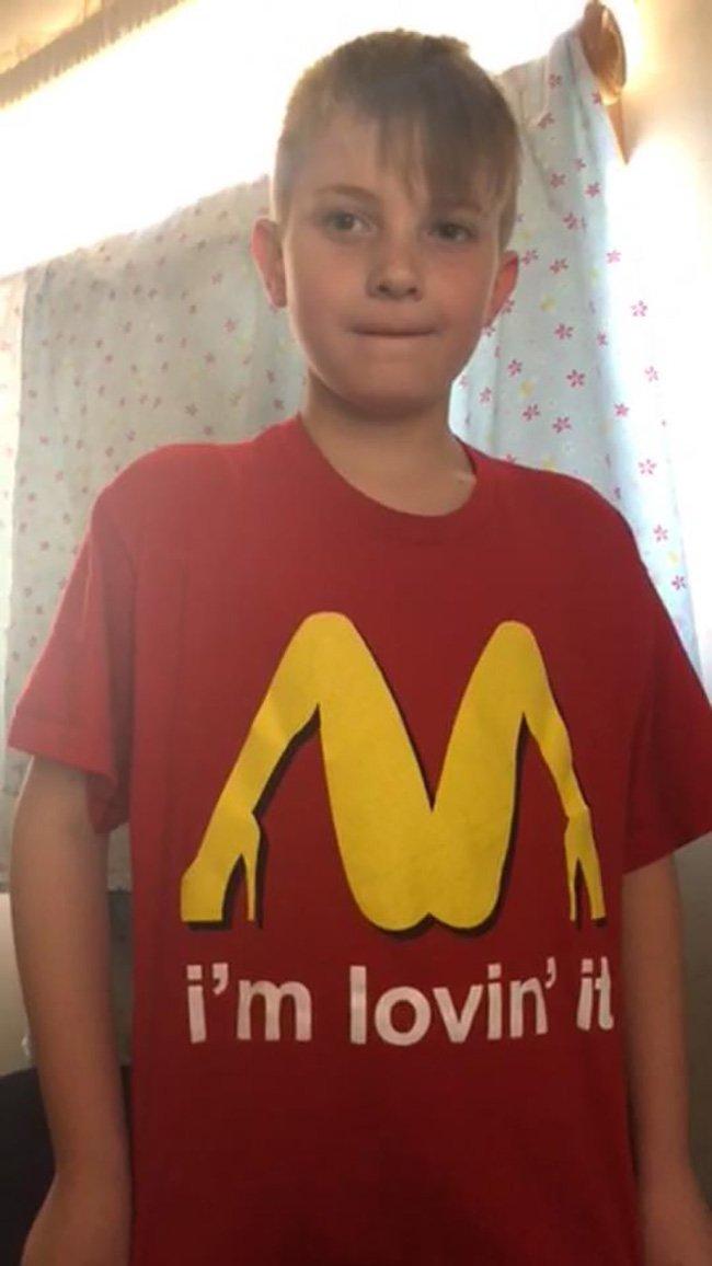 Little boy accidentally wears very rude T-shirt to school
