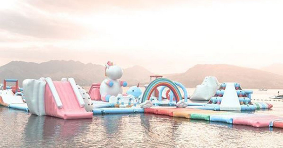We need to go to this unicorn-themed inflatable water park