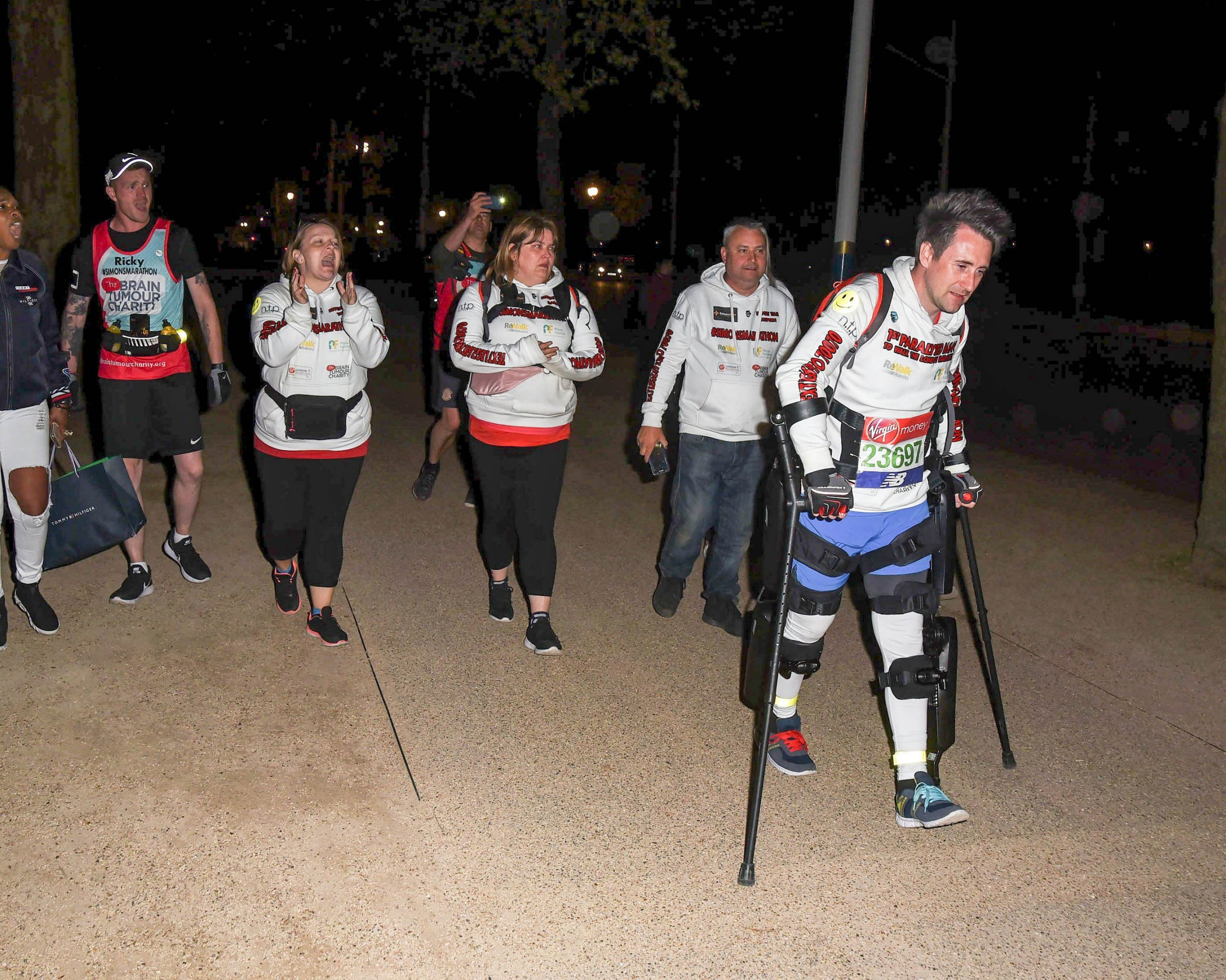 Picture Shows: Simon Kindleysides April 23, 2018 Simon Kindleysides The last runner to finish the London Marathon in London, England. He is the first paralysed man to walk the London Marathon and uses a special exoskeleton. He completed the race at 10:46 pm. Due to finishing the day after the marathon he was refused a medal so was donated some medals from wellwishers. Non-Exclusive WORLDWIDE RIGHTS Pictures by : Flynet Pictures ? 2018 Tel : +44 (0)20 3551 5049 Email : info@flynetpictures.co.uk