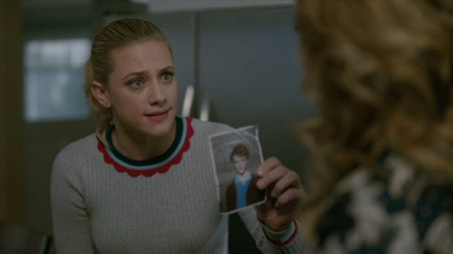 Riverdale episode 19 preview METRO GRAB taken from: https://twitter.com/WriterRAS Credit: The CW