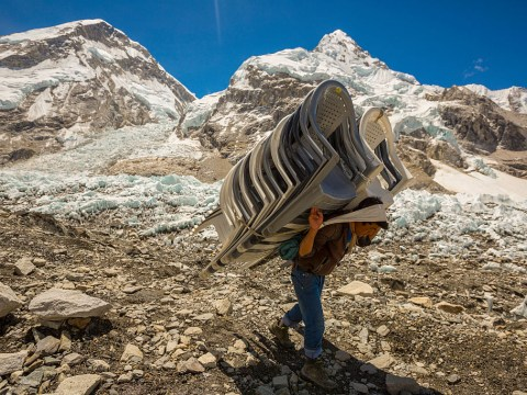 There's going to be a super fancy pop-up restaurant on Mount Everest