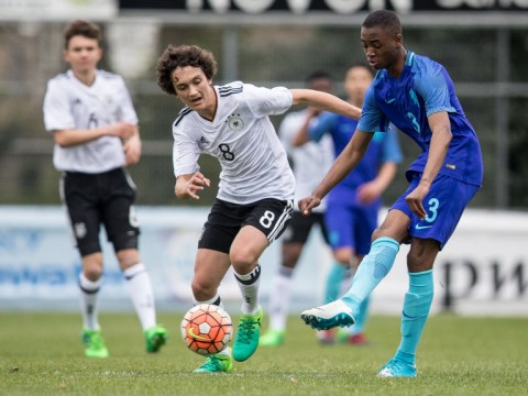 Manchester United, Arsenal and Man City make offers to Feyenoord teenager Melayro Bogarde