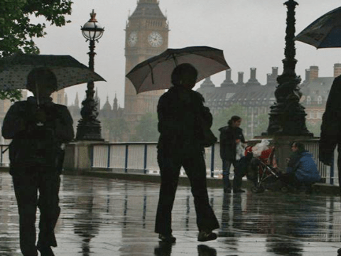 Extreme weather warning for thunder and torrential rain brings end to heatwave