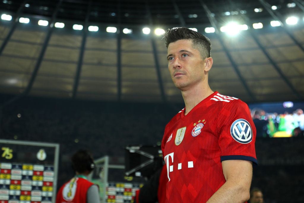 Robert Lewandowski prepared to snub Chelsea transfer to join Real Madrid