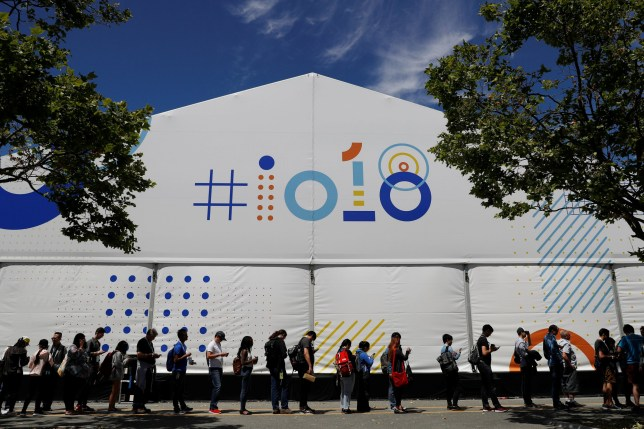 Attendees wait in line to attend a session during the annual Google I/O developers conference in Mountain View, California, May 8, 2018. REUTERS/ Stephen Lam