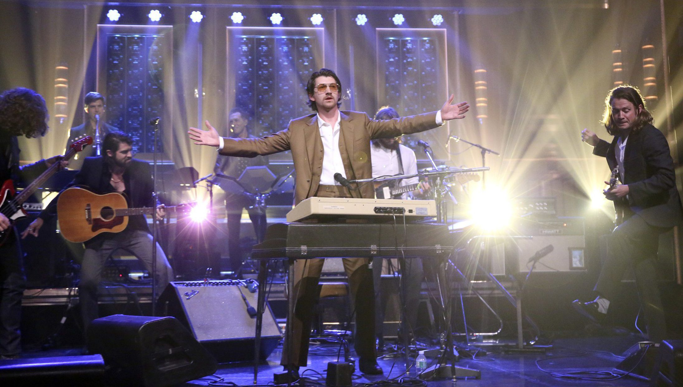 Arctic Monkeys perform Four Out of Five on Jimmy Fallon to celebrate album release