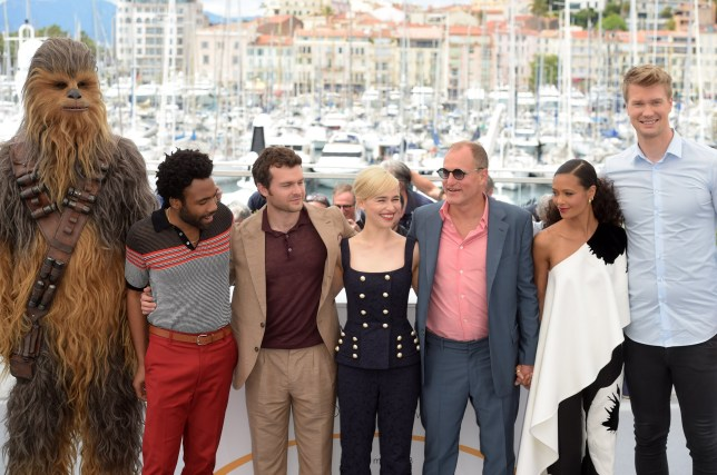 """Ron Howard, ALden Ehrenreich, Woody Harrelson, Emilia Clarke, Joonas Suotamo, Thandie Newton, Donald Glover, Phoebe Waller - Bridge, Paul Bettany and Chewbacca attending """"Solo: A Star Wars Story"""" Photocall - The 71st Annual Cannes Film Festival. 15 May 2018 Pictured: Chewbacca, Emilia Clarke, Alden Ehrenreich, Woody Harrelson, Thandie Newton, Joonas Suotamo, Donald Glover. Photo credit: kilmax / MEGA TheMegaAgency.com +1 888 505 6342"""