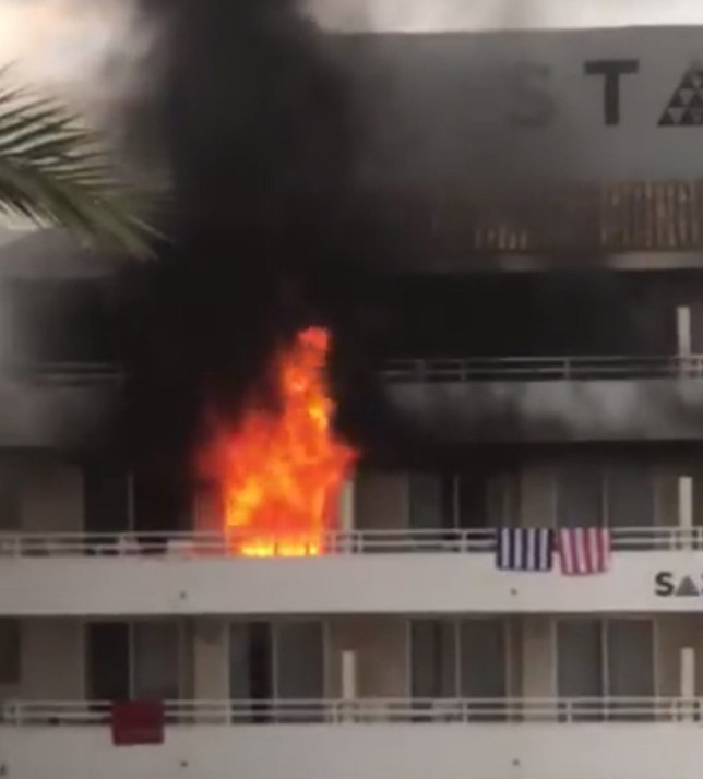 BGUK_1240537 - Magaluf, UNITED KINGDOM - The BH Hotel in Mallorca, Magaluf is on fire. People can be heard screaming and trying to get people out of nearby rooms. Pictured: GV BACKGRID UK 20 MAY 2018 UK: +44 208 344 2007 / uksales@backgrid.com USA: +1 310 798 9111 / usasales@backgrid.com *UK Clients - Pictures Containing Children Please Pixelate Face Prior To Publication*