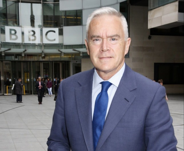 Picture Shows: Huw Edwards May 23, 2018 BBC presenters and journalists are seen out and about at BBC House on Great Portland Street in London, England, UK. Non-Exclusive WORLDWIDE RIGHTS Pictures by : Flynet Pictures ? 2018 Tel : +44 (0)20 3551 5049 Email : info@flynetpictures.co.uk