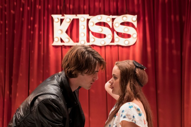 Joey King as Elle Evans and Jacob Elordi as Noah Flynn in Kissing Booth