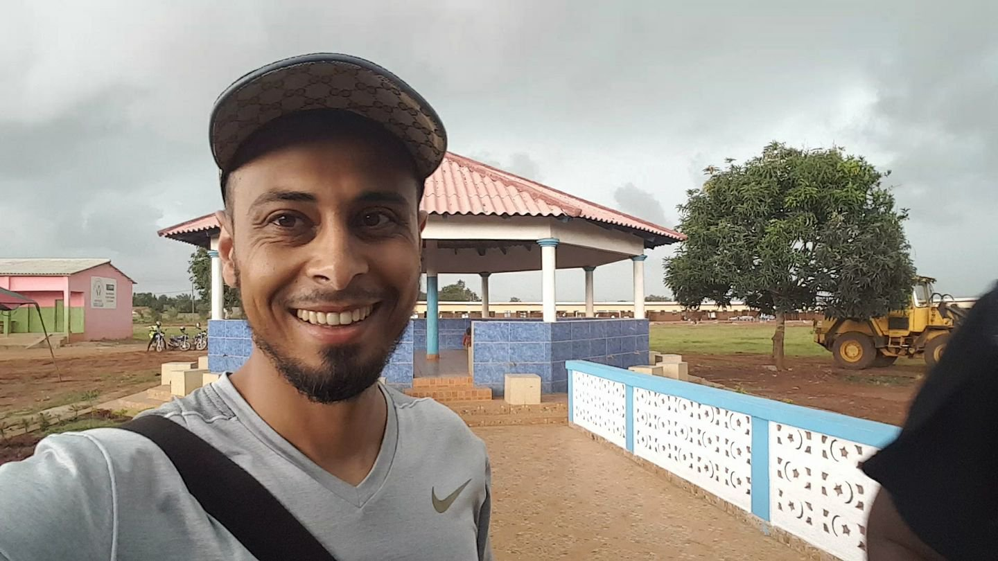 Muslim millionaire turned humanitarian Ali Banat dies from 'gift' of cancer