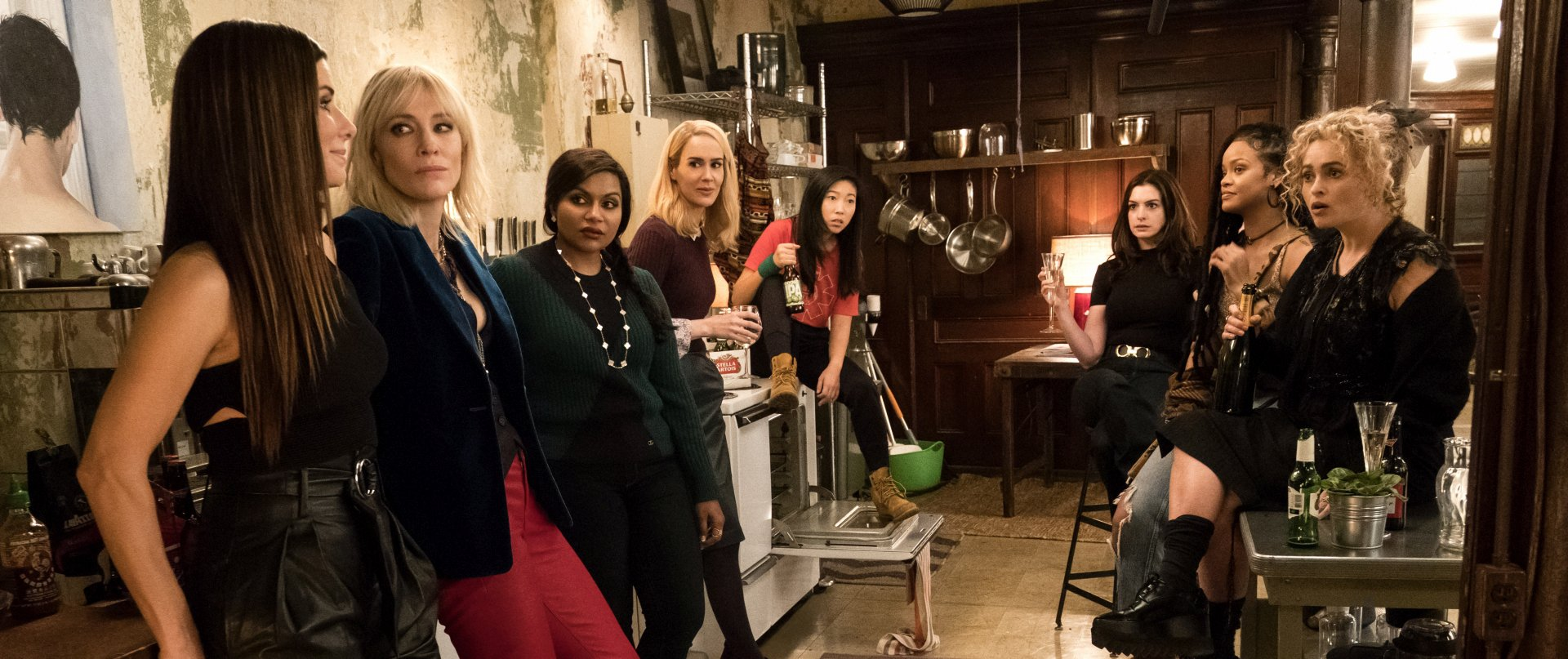 Ocean's 8 stars Sandra Bullock and Mindy Kaling can't find a single con for a trip to the cinema