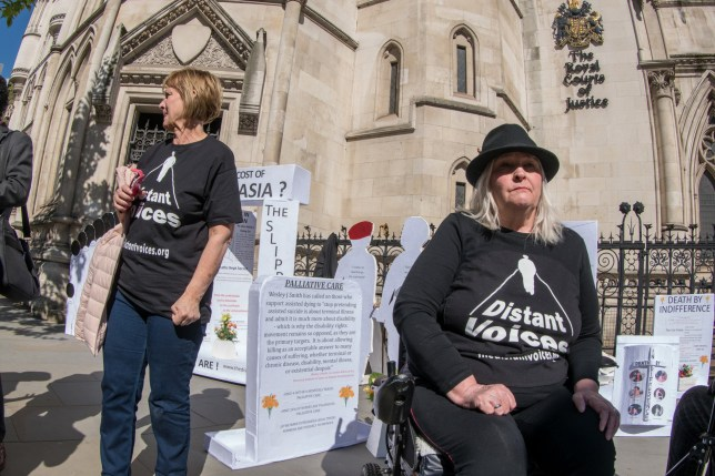 Protesters arrived at the courts both in support of Noel Conway and against the legalisation of Euthanasia. The Distant Voices group set up a makeshift graveyard.