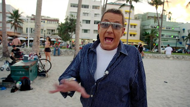 Dale Winton laughs and jokes on Muscle Beach as his final show returns two months after his death