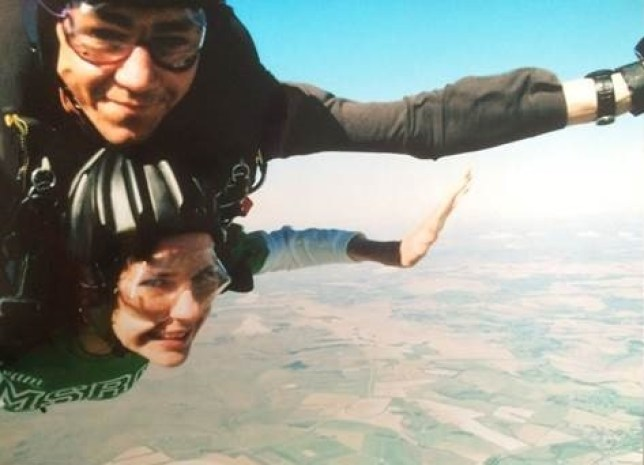 Ella Findlay doing a charity Sky Dive (Picture: Ella Findlay)